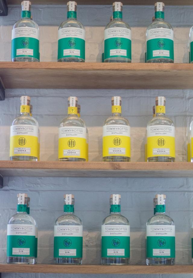 TR_shelves